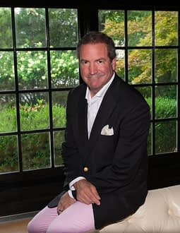 Anthony Berlet, M.D. is a well-established plastic surgeon who has been in practice for over 20 years in northern New Jersey and has developed a large clientele from this region, as well as from around the country and abroad.