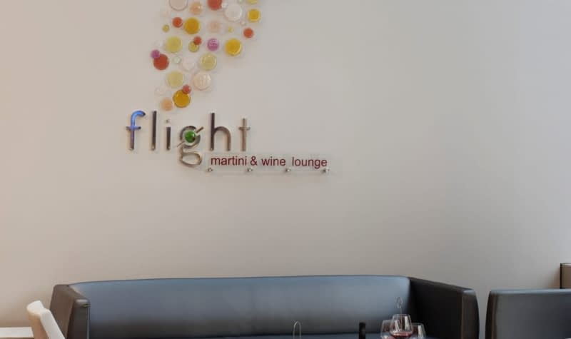 Flight_Lounge-min