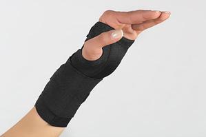 hand/arm in wrist brace