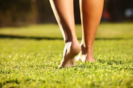 Study Finds Barefoot Running Beneficial for Women