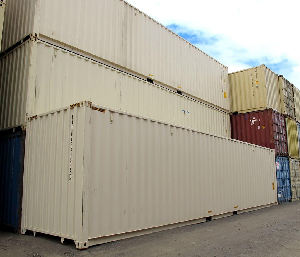 TRS Containers sells new and used 20ft, 40ft long standards and 40ft long highcubes