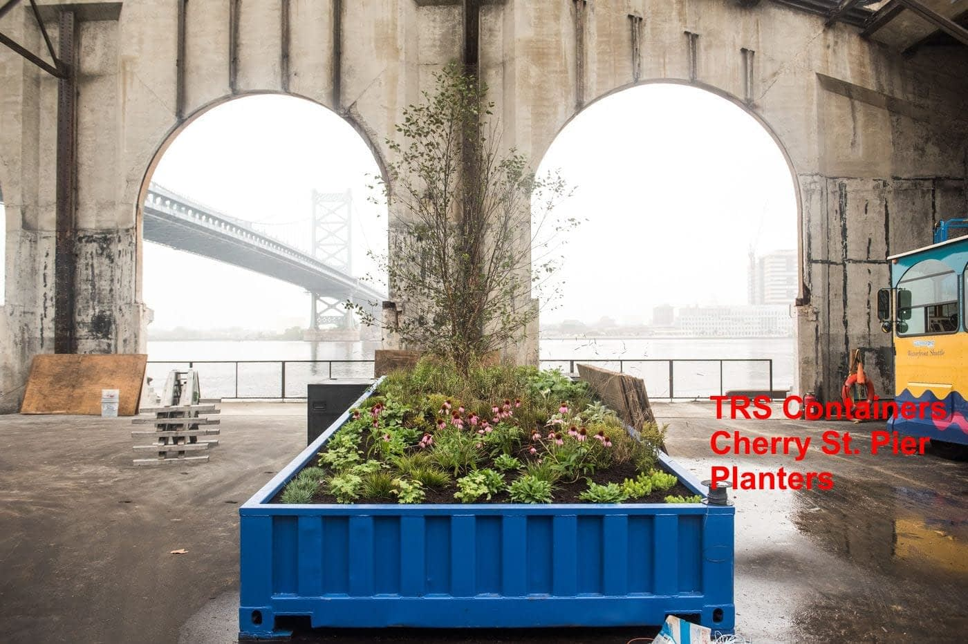 TRS fabricates malls, event space + planters