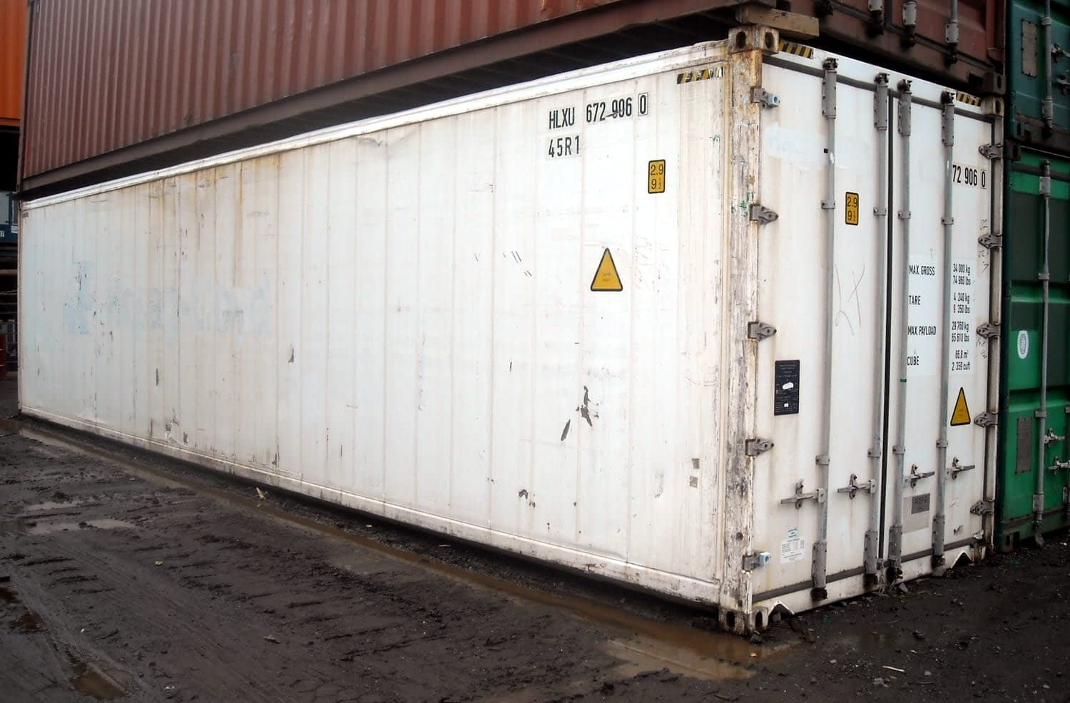 TRS reefers and insulated boxes are suitable for climate controlled environments