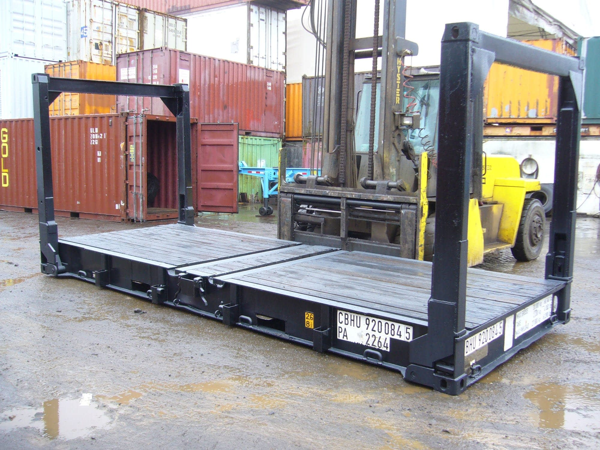 TRS stocks 20ft fixed end or collapsible flatracks and platforms
