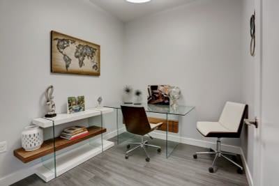 06_05Office_mls