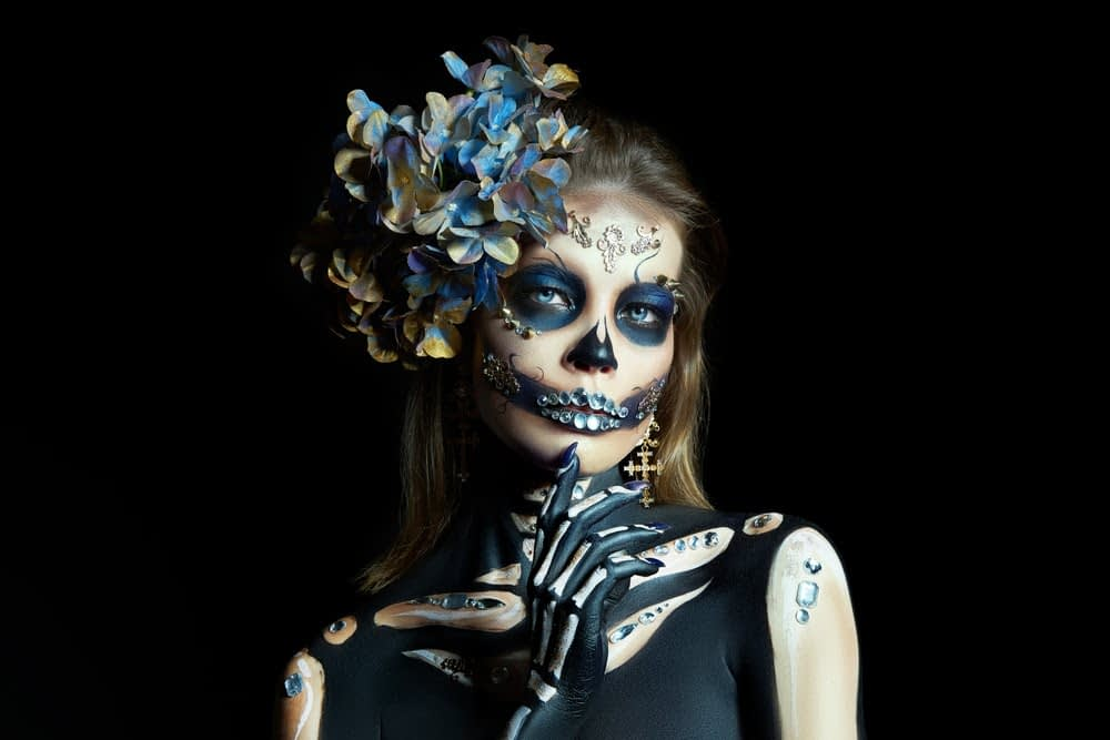 woman dressed as a skeleton