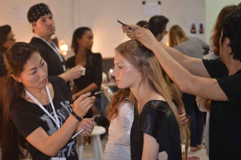 getting-ready-for-makeup-artist-naha