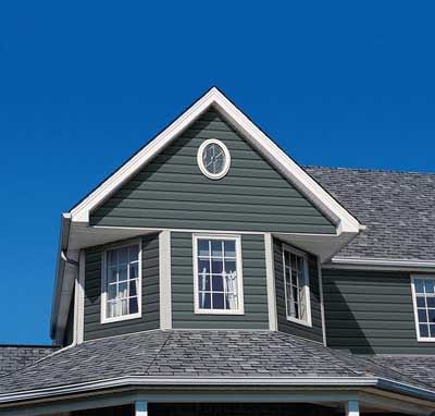 House with Royal Building Products siding