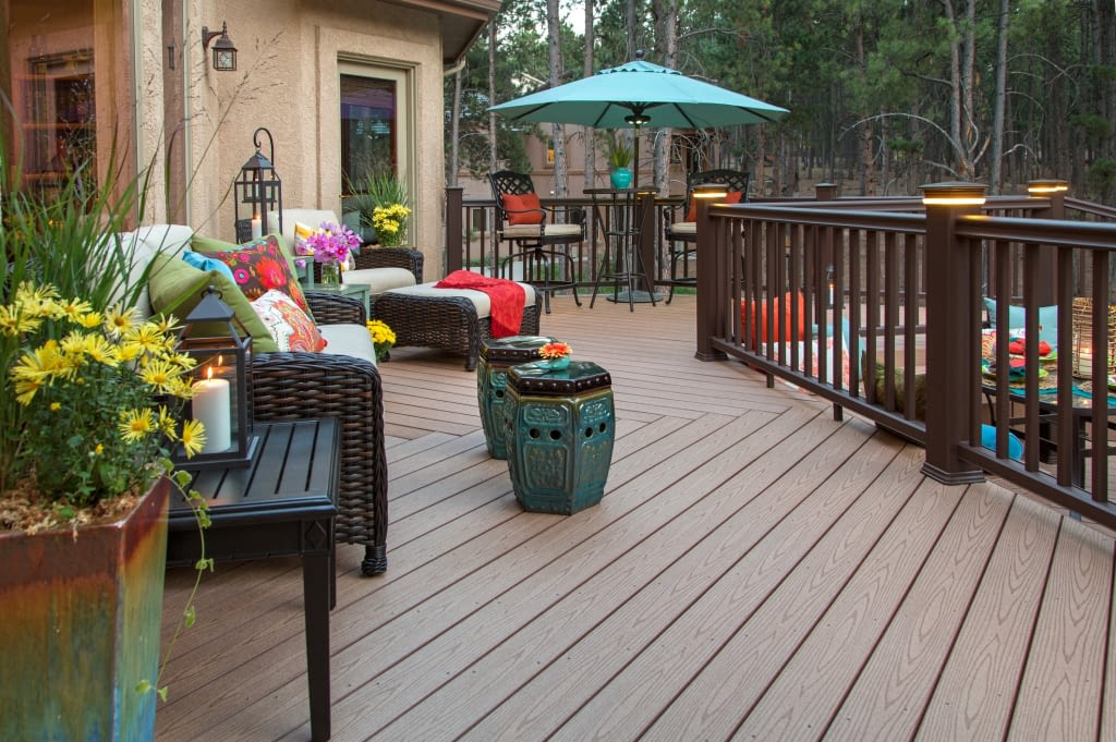 Home With Composite Decking