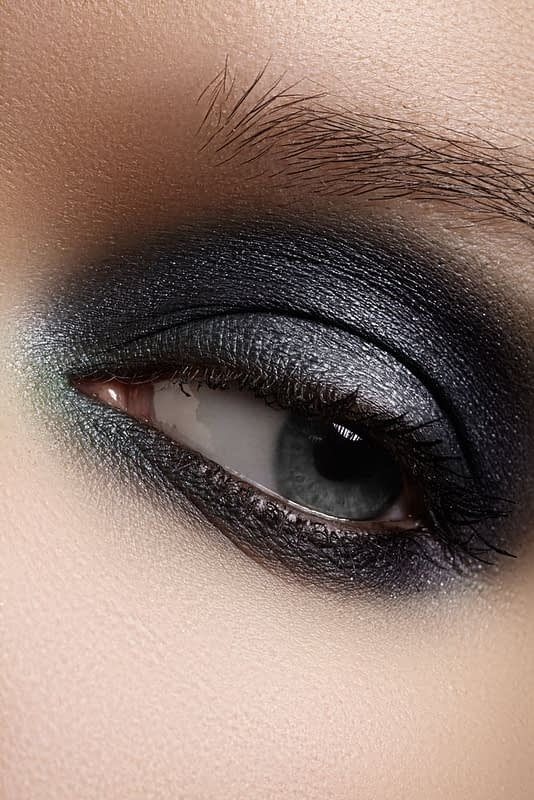 black-eyeshadow