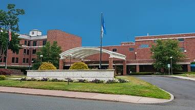 Manchester Memorial Hospital logo