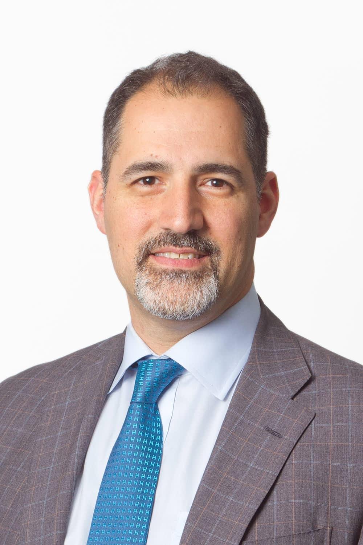 Headshot of Dr. David Poulad at IGEA Brain & Spine.